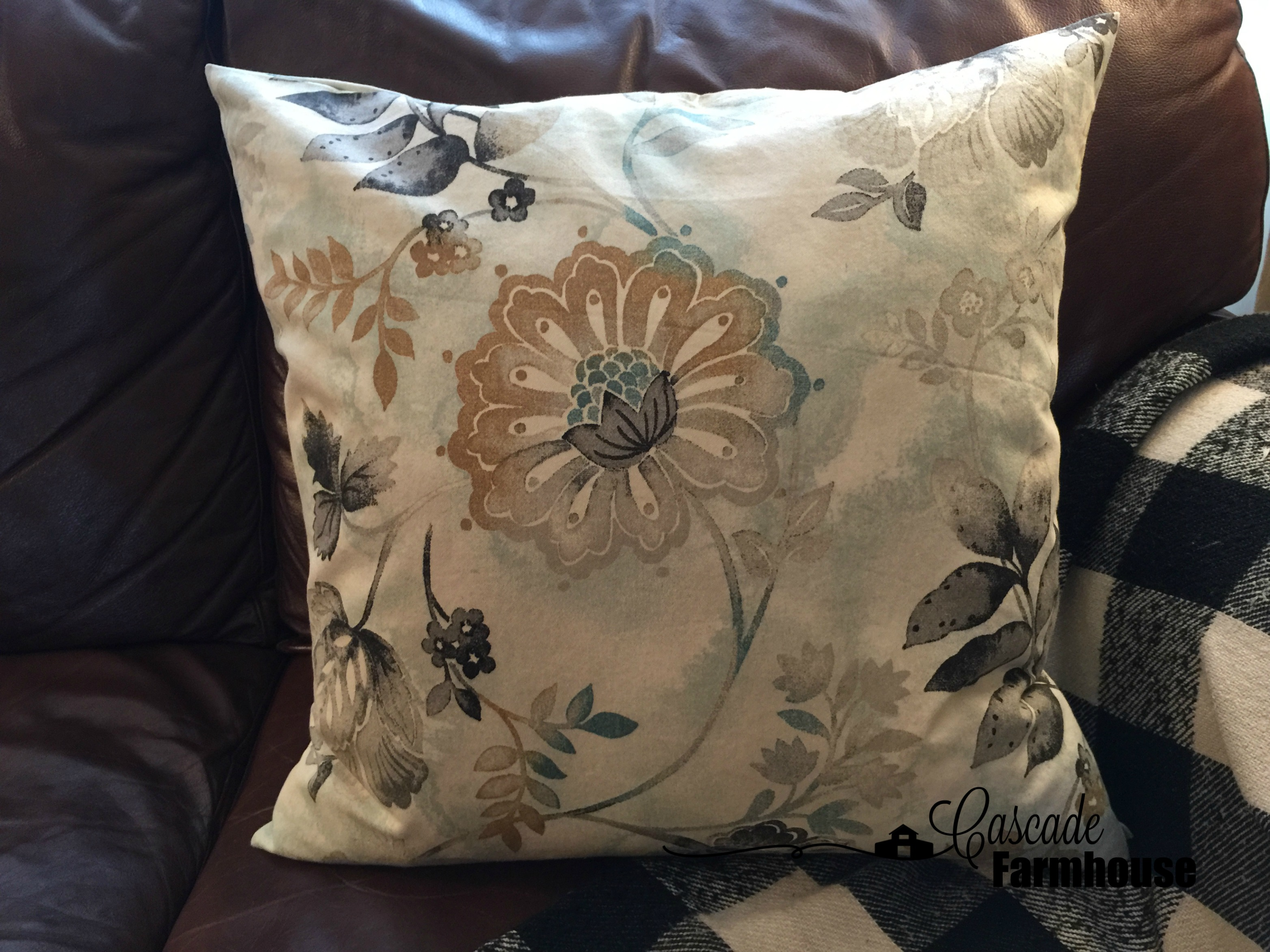 Throw Pillows For Couch Pinterest : Throw Pillows-Pillow on Couch